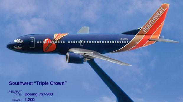 Long Prosper - 1/200 - Boeing 737 300 - Southwest Airlines TRIPLE CROWN - 2073724