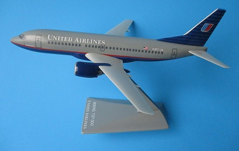 Long Prosper - 1/200 - Boeing 737 300 - United Airlines  - 2073726