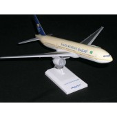 Skymarks - 1/200 - Boeing 777 200 - Saudi Arabian Airlines - 103