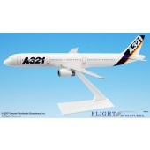 Long Prosper - 1/200 - Airbus A321 - House Colour - 2032103