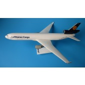 Long Prosper - 1/200 - MD 11F - Lufthansa CARGO - 20md124