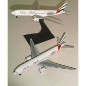 Dragon - 1/400 - Boeing 777 200 - Emirates IGW CRICKET WORLD CUP ENGLAND 99 - 55115