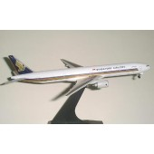 Dragon - 1/400 - Boeing 777 300 - Singapore Airlines JUBILEE - 55130